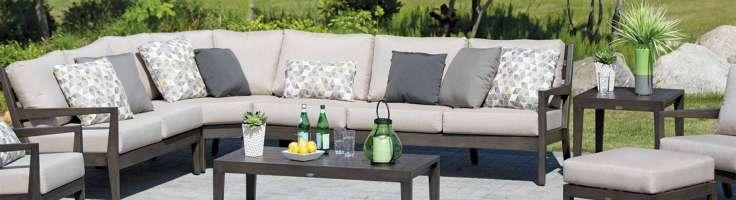 Comment Nettoyer les Meubles de Jardin | JML Mobilier Extérieur