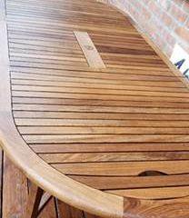 Table extérieure en bois - Après entretien