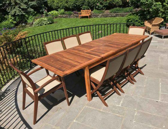 table et chaises de jardin pour 8 personnes